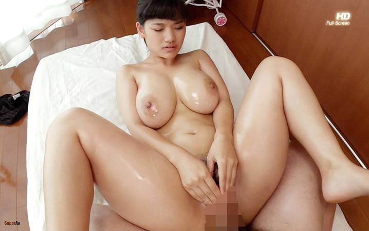 Little 18 years old Japanese penetration